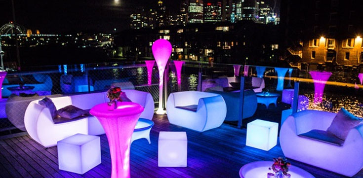Best LED Light Up Furniture - LED Furniture Tables, Stools & More [Lounge & Nightclubs] LED